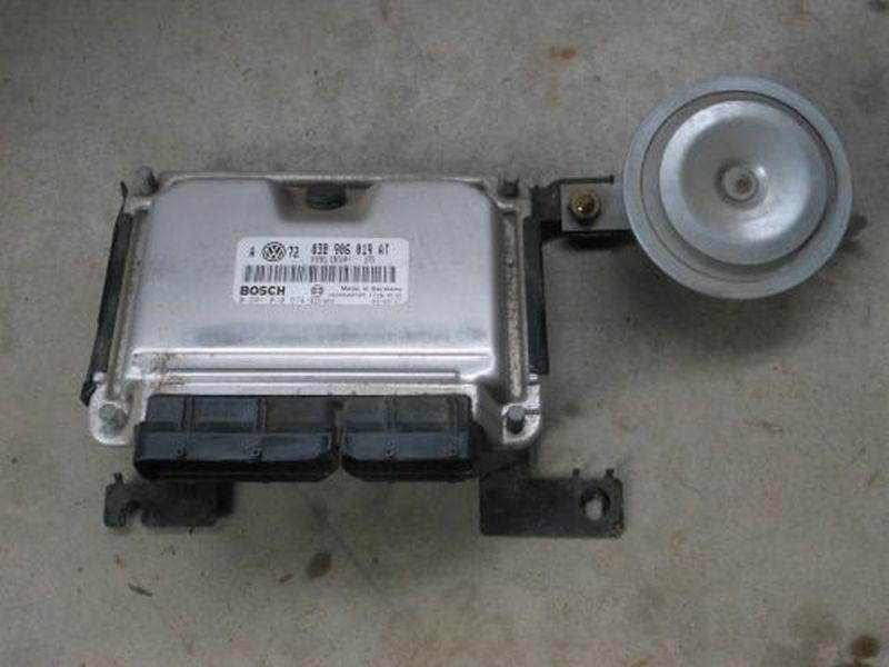 Steuergerät Motor VW GOLF IV (1J1) 1.9 TDI