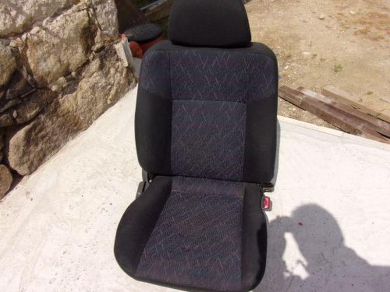 Sitz rechts vorn MITSUBISHI COLT V (CJ_, CP_) 1300 GLGLX