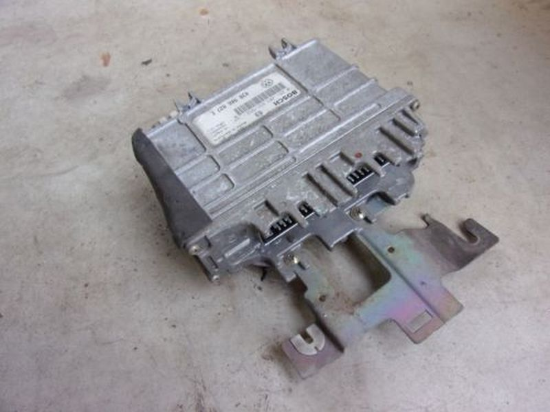 Steuerger?t Motor VW POLO (6N1) 50 1.0