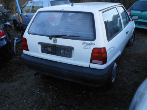 VW POLO (86C, 80) 1.0 KAT